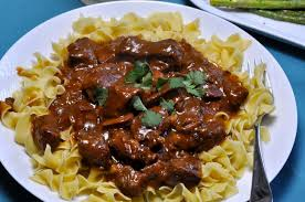 slow cooker beef stroganoff with french