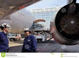 airplane mechanics and jet engine turbine engine mechanic