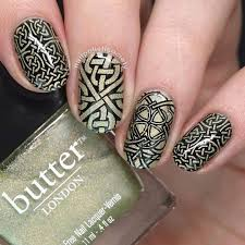 61 Unique and Uncommon Celtic Nail Art Styles to Flaunt with Your ...