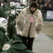 namath rocked an almost identical fur coat in the seventies and showed on