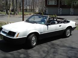 1985 Ford Mustang GT Convertible 1/4 mile trap speeds 0-60 ...
