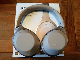 sony wh 1000xm2. sony wh-1000xm2 wireless noise cancellation headphones review + comparison with beats \u0026 bose wh 1000xm2 n