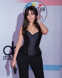 beauty breakdown get camila cabello s fresh makeup from the 2018 american awards