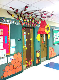 Image Thanksgiving Hallway You Can Bored Teachers 30 Super Cool Classroom Doors To Bring In The Fall Season At School