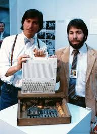 apple 1 computer. steve jobs stev wozniak apple i iic 1 computer o