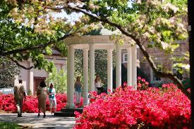 reasons to love unc gradeslam beautiful campus