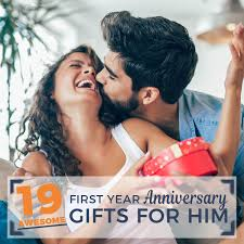 awesome 1st year anniversary gifts for him