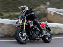 a real world supermoto 2015 aprilia dorsoduro 750 abs first look