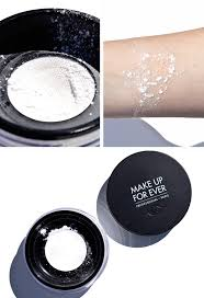 make up for ever ultra hd loose powder image of texture and swatch