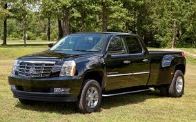 First Look: 2012 Cadillac DRW Platinum Heavy-Duty Pickup Truck ...