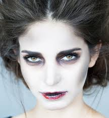 zombie bride makeup tutorial gurl shows us how to do zombie bride makeup for it s one of the easier makeup tutorials