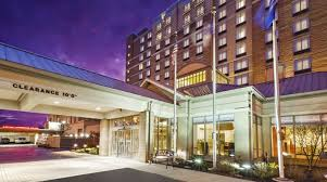 hilton garden inn cleveland downtown hotel oh exterior night