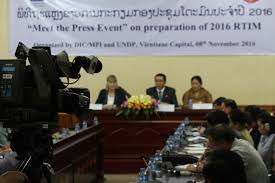 vice minister of planning and investment dr o chanthaboury vice governor of vientiane province ms singkham khongsavanh and undp resident