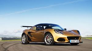 Lotus has made the Elise faster than ever with the Cup 260 - Video ...