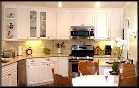 Resurface Kitchen Cabinets How To Reface Kitchen Cabinets Easy Naturalcom
