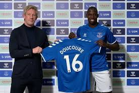 It shows all personal information about the players, including age, nationality. Everton Evening Headlines As Former Skipper Hails Doucoure Signing And Team News Ahead Of Spurs Liverpool Echo