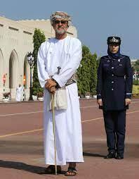 السلطان هيثم بن طارق بن تيمور آل سعيد أمل العُمانيين الواعد بالمستقبل الأفضل