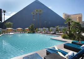 Pools Las Vegas Pools Lounge Chairs Cabanas Luxor Hotel Casino