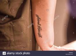 Name Tattoo Immagini Name Tattoo Fotos Stock Alamy