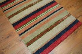 red and green rug large size of red and green braided rug red and green rugby socks stripes luxury wool red green gold area rug