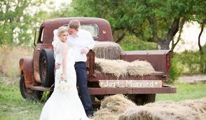 Our Editors 20 Favorite Farm And Barn Venues Weddingwire