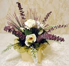 for large picture of easy 5 step silk flower centerpiece new window