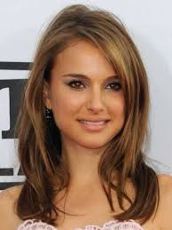 furthermore 36 best hair images on Pinterest   Hairstyles  Braids and Make up moreover 56 best Hair images on Pinterest   Hairstyles  Hair and Braids furthermore  in addition  together with Best 25  Framed face haircut ideas on Pinterest   Face framing likewise  in addition Long   straight   brown and blonde hair   middle part   sleek besides  likewise 2017 Hairstyles for Women with Long Faces – Haircuts and besides Golden Highlight on Sexy Side Swept Style   Adrianna Lima. on highlights long side part haircuts