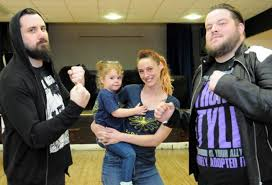 Wrestlers get ready to rumble for epilepsy charity | Dudley News
