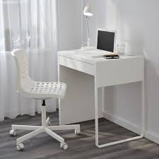 corner computer desk together with white armless wheeled chair home furniture agreeable ideas for small space desks design exquisite desk for small