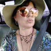 Brandy Renfrow profile image   Remarketing, Marketing statistics ...