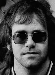 Elton John - Photo posted by czimmer - elton-john-20040429-1697
