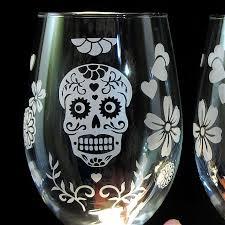 stemless wine glasses dia de muertos wedding day of the dead stemless glasses sugar skull decor brad goodell weddings