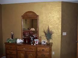 ragging on the gold metallic paint