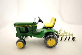 metal john deere tractor john lawn tractor with attachments 1 scale metal high del by cast