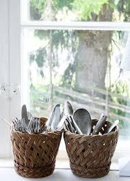 Cestos realmente são curinga na organização e decoração da casa. Cestos Na Decoracao