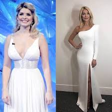 While the tv presenter recently explained her weight loss is personal she also revealed everybody knows how she transformed her body. Holly Willoughby Weight Loss This Morning Presenter Explains How She S Really Managed To Tone Up As Her Diet Secret Is Revealed Ahead Of I M A Celeb Ok Magazine