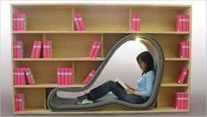 A fun way to organized books :-D