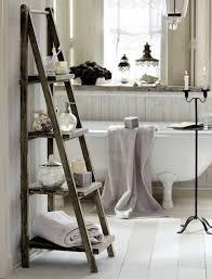 Furniture: Rustic Ladder Photo Rack Ideas - Repurpose Ladder