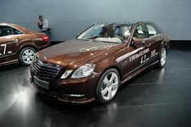 Mercedes extends the hybrid range with E 300 BlueTEC and E 400 ...