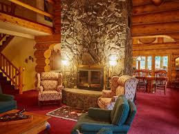 bear creek lodge montana mountain venue guest lodge located in western montana