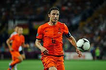 Mark peter gertruda andreas van bommel is a dutch football coach and former player who played as a midfielder. Mark Van Bommel Wikipedia