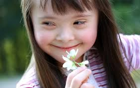 Risultati immagini per bambini disabili