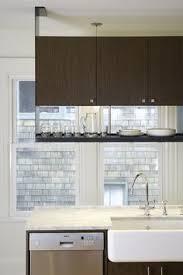 vaughan residence modern kitchen cascadia hardware distributors c125 shaped