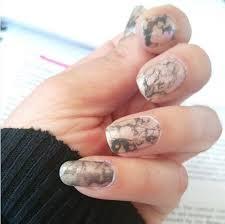 stone nail effect