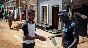Covid-19 : l'OMS note une légère hausse du nombre de cas et de décès en  Afrique | ONU Info