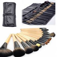with 24 brushes that ranges in function you are all set to bee the ultimate make up artist