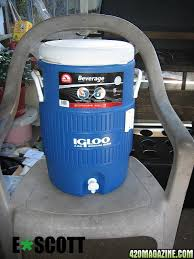 hand to build a chiller for the res with less than 20 the first thing you ll need is one of these coolers compare s at wally world h d etc