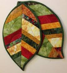 Quilted Leaf Potholders | Craftsy & Project. Quilted Leaf Hot Pads Adamdwight.com