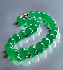 barbara hutton jadeite jade necklace