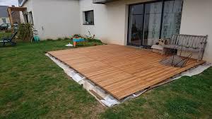 Pour Construire Une Terrasse En Bois Les Plots Beton Font Partie De